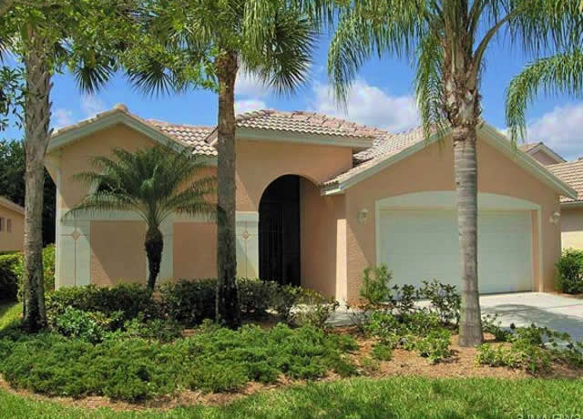 Carlton Lakes Home in Naples